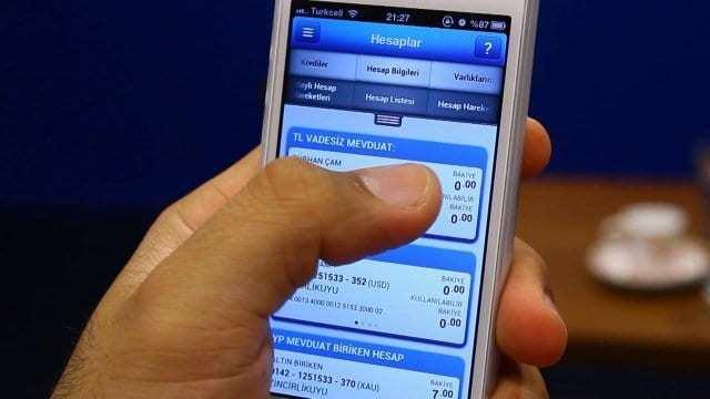 Cep bankacılığı kullanmak için akıllı telefon sahibi olmak gerekir mi