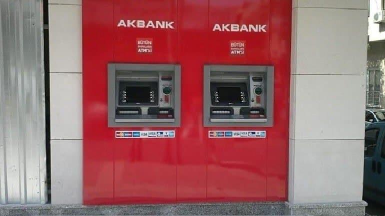 akbank bankamatikte param kaldi